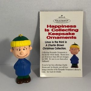 NEW Hallmark Linus Peanuts Charlie Brown
